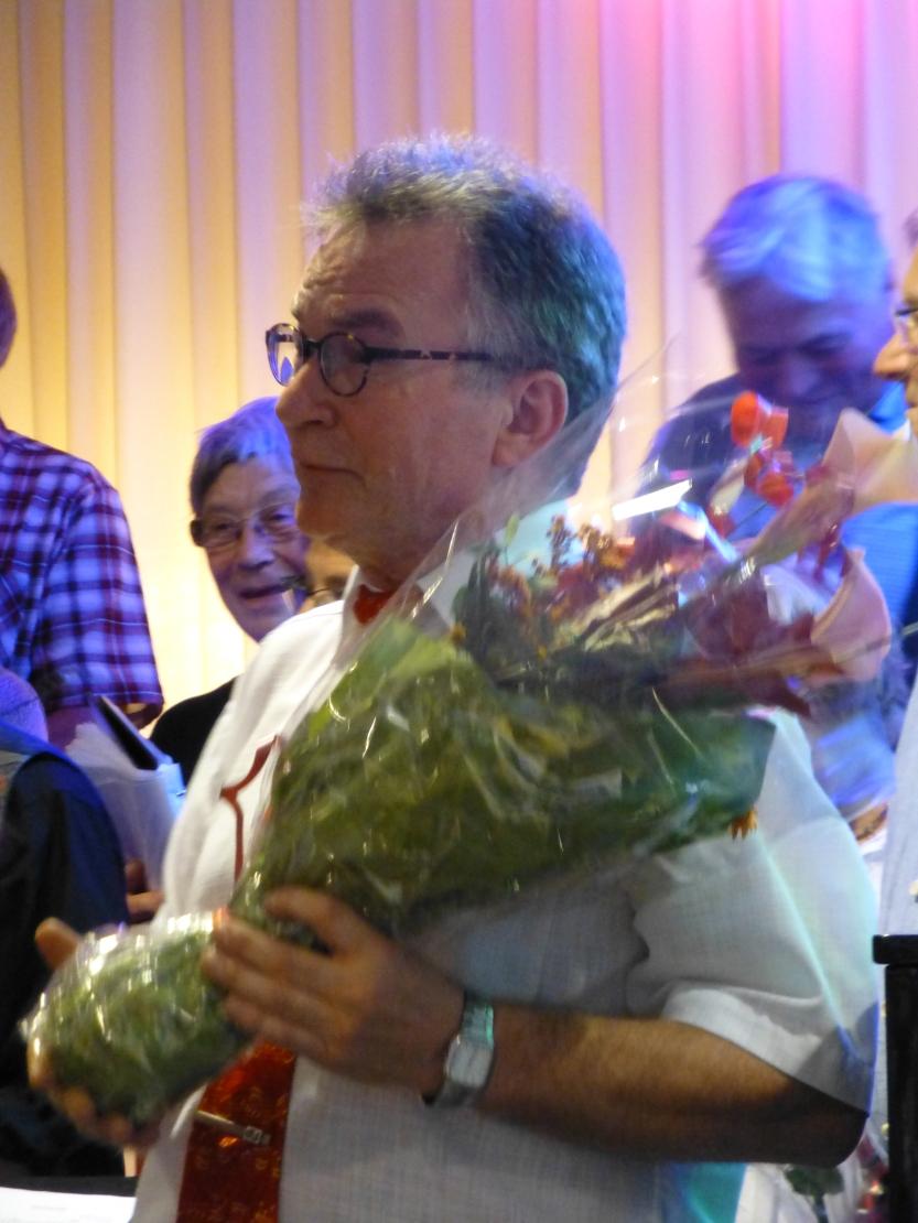 Jens takker Rolf for humør og utholdenhet