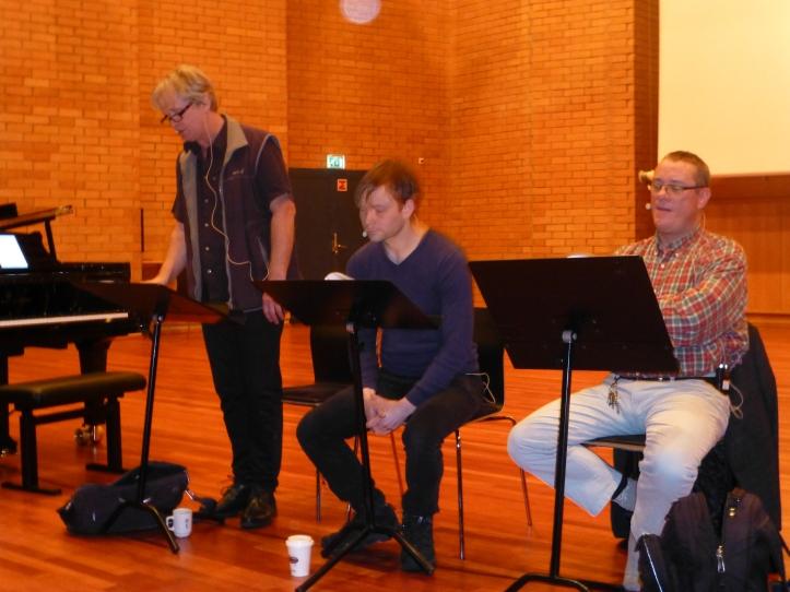 Til venstre regissør og forteller Johannes Joner. Så lille Henrik Wergeland og Christian Frederik
