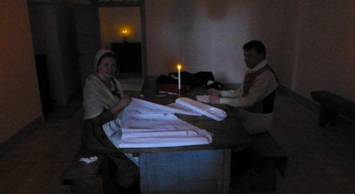 ..mens Møller og hustru er opptatt med forberedelser i kjelleren